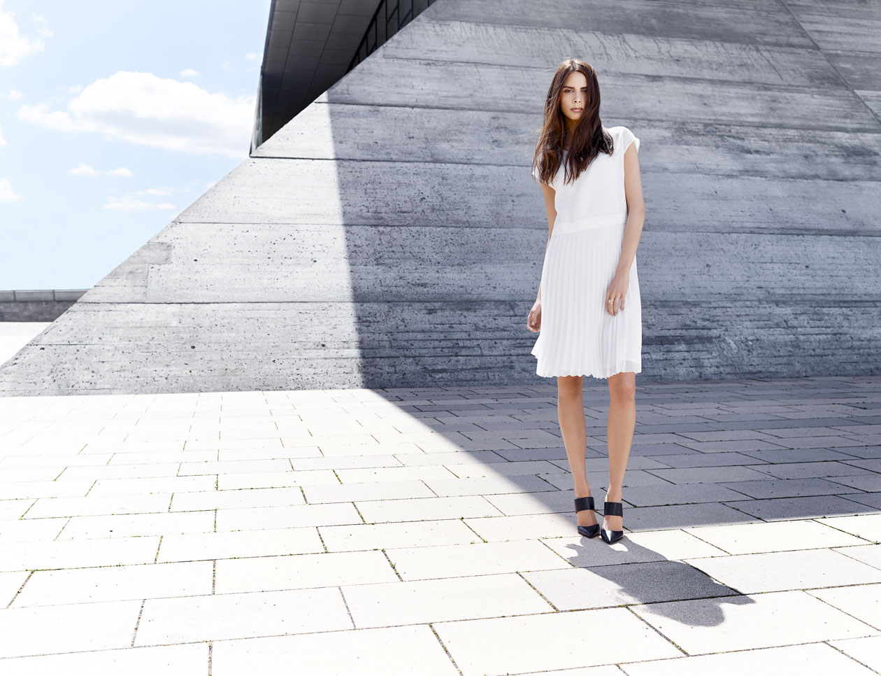 BLACKY_DRESS_CAMPAIGN_ss2015_photographed_by_Mika_Ceron_002.jpg